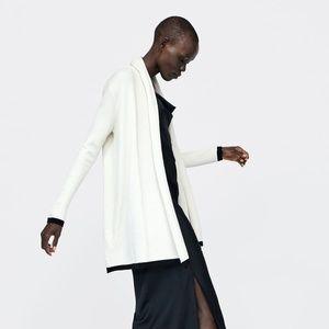 NWT Zara Size M Colorblock Ivory Cardigan